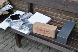Einzelteile Broil King Regal 590 Pro broil king regal 590 pro-Broil King Regal 590 Pro Gasgrill 05 300x199-Broil King Regal 590 Pro Gasgrill – Unboxing, Aufbau und 1.Test