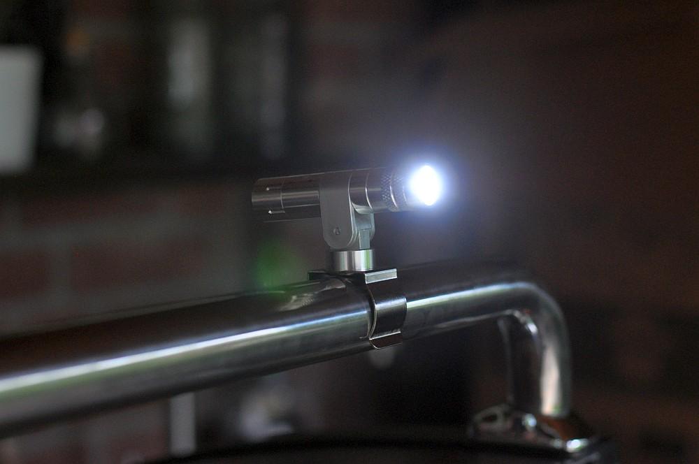 Napoleon LED-Grifflicht Napoleon LED-Grifflichter-Napoleon LED Grifflichter Beleuchtung Gasgrill 04-Napoleon LED-Grifflichter im Test – Beleuchtung für den Gasgrill
