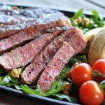 ziegenfrischkäse-nocken-RibEye Steak Ziegenfrischk C3 A4se Nocken 03 150x150-RibEye-Steak mit Ziegenfrischkäse-Nocken auf nussigem Rucola