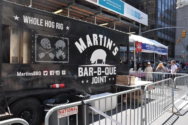big apple bbq block party-Big Apple BBQ Block Party 2016 14 633x420-Big Apple BBQ Block Party 2016 in New York