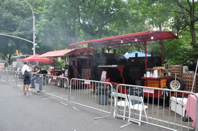 big apple bbq block party-Big Apple BBQ Block Party 2016 26 633x420-Big Apple BBQ Block Party 2016 in New York