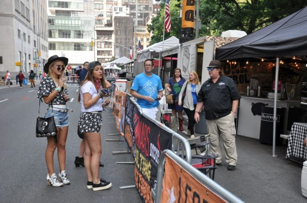 big apple bbq block party-Big Apple BBQ Block Party 2016 33 633x420-Big Apple BBQ Block Party 2016 in New York