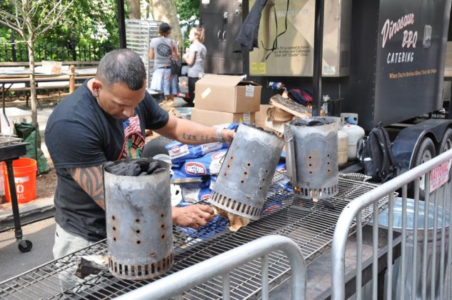 big apple bbq block party-Big Apple BBQ Block Party 2016 36 633x420-Big Apple BBQ Block Party 2016 in New York