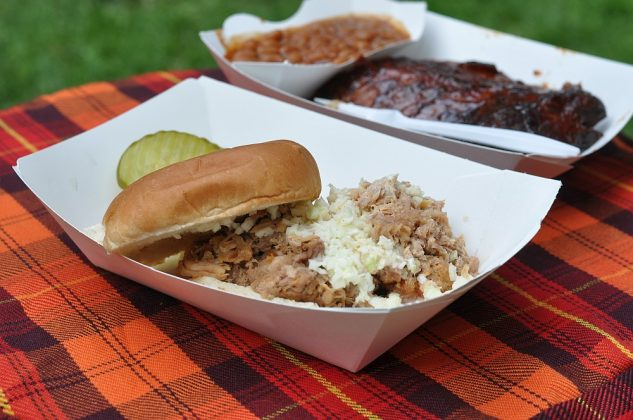 big apple bbq block party-Big Apple BBQ Block Party 2016 56 633x420-Big Apple BBQ Block Party 2016 in New York