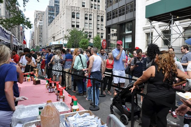 big apple bbq block party-Big Apple BBQ Block Party 2016 62 633x420-Big Apple BBQ Block Party 2016 in New York