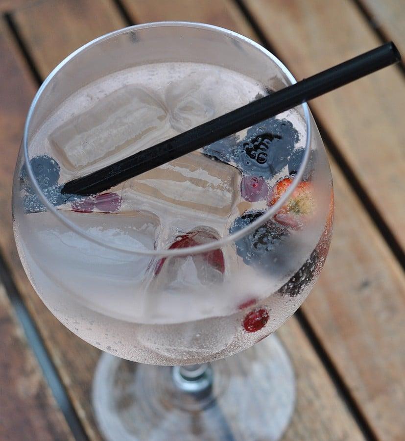 Lillet Wild Berry lillet wild berry-Lillet Wild Berry 02-Lillet Wild Berry – der spritzige Sommerdrink