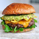 Cheeseburger mit Guacamole guacamole-cheeseburger-Guacamole Cheeseburger 150x150-Guacamole-Cheeseburger mit Nachos
