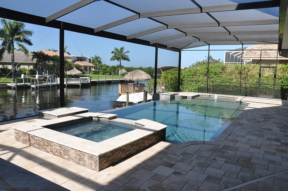 "Poolvilla Cape Coral villa sedona-Villa Sedona Cape Coral Florida Grillvilla 02-Villa Sedona in Cape Coral / Florida – die ""Grillvilla"""