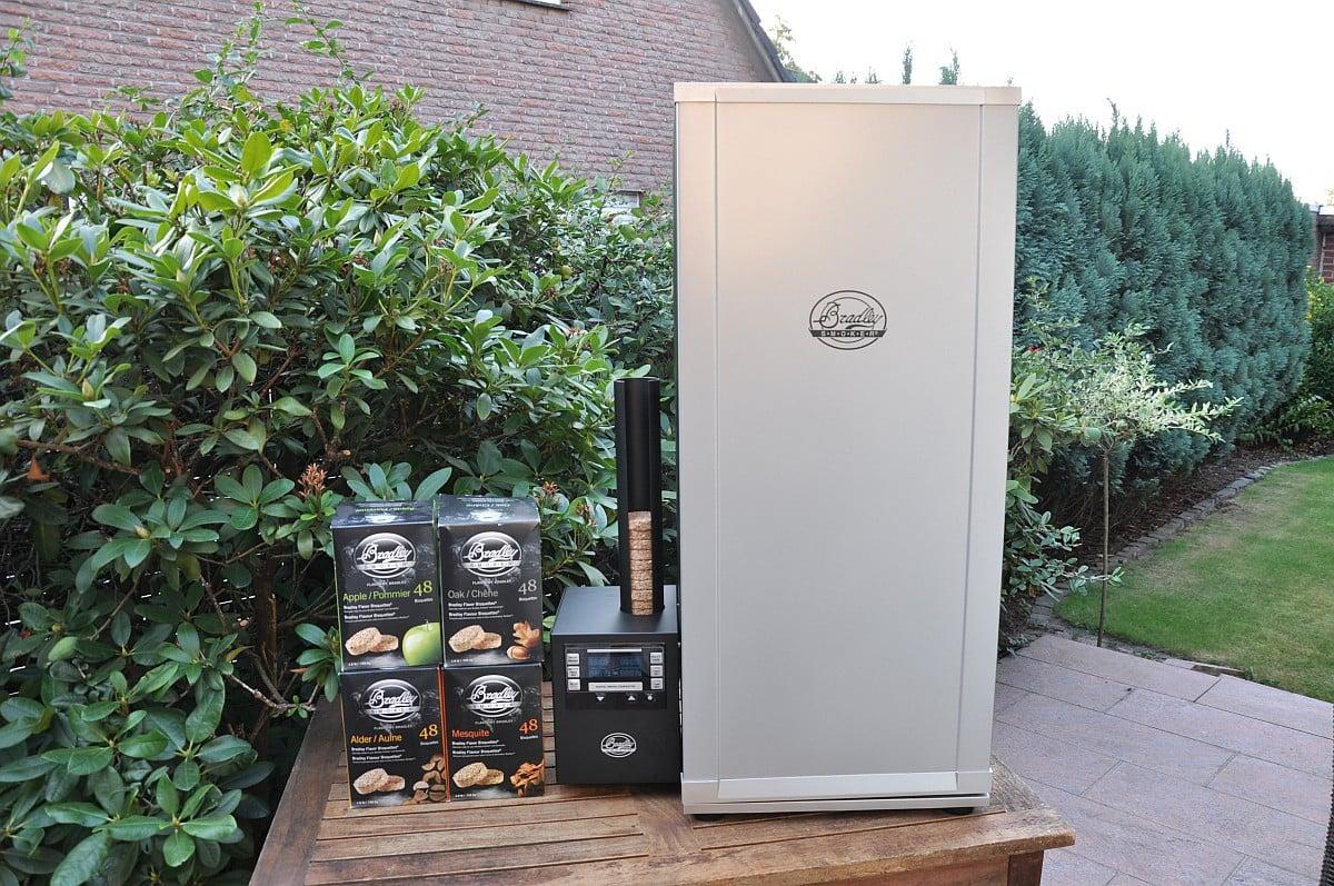 Außenküche Mit Smoker : Vorstellung und test: bradley digital smoker bbqpit.de
