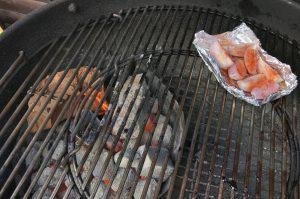 rib eye steak-Rib Eye Steak Schalottenbutter 02 300x199-Rib Eye Steak mit geräucherter Schalottenbutter rib eye steak-Rib Eye Steak Schalottenbutter 02 300x199-Rib Eye Steak mit geräucherter Schalottenbutter