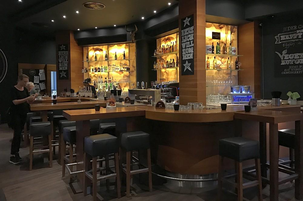Bar in Wattenscheid Baseburger-Baseburger Bochum Wattenscheid 02-Baseburger in Bochum-Wattenscheid im BBQPit-Test