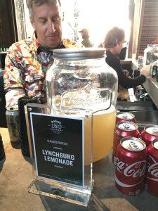 jack daniel's bbq world championship 2016-Jack Daniels BBQ World Championship 2016 BBQ Wiesel 12 225x300-Jack Daniel's BBQ World Championship 2016 mit den BBQ Wieseln