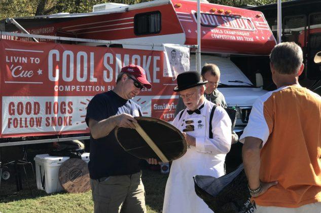 jack daniel's bbq world championship 2016-Jack Daniels BBQ World Championship 2016 BBQ Wiesel 22 633x420-Jack Daniel's BBQ World Championship 2016 mit den BBQ Wieseln