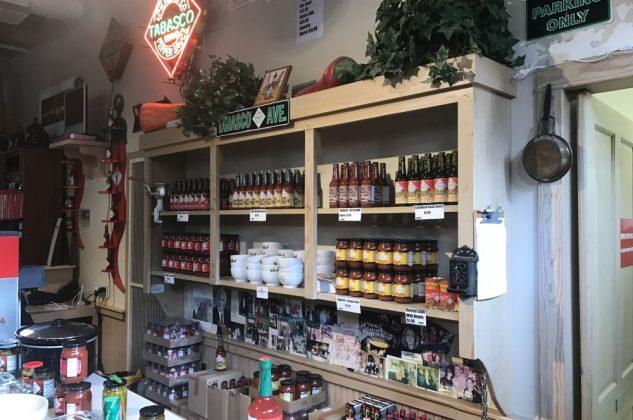 tabasco-Tabasco McIlhenny Avery Island Factory 12 633x420-Zu Besuch bei Tabasco auf Avery Island in Louisiana