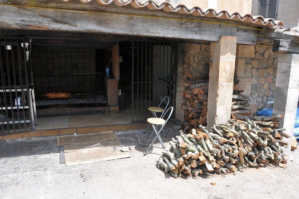 Das beste Spanferkel auf Mallorca das beste spanferkel auf mallorca-Bestes Spanferkel Mallorca Porxada de sa Torre 05-Das beste Spanferkel auf Mallorca – Porxada de sa torre in Capdepera