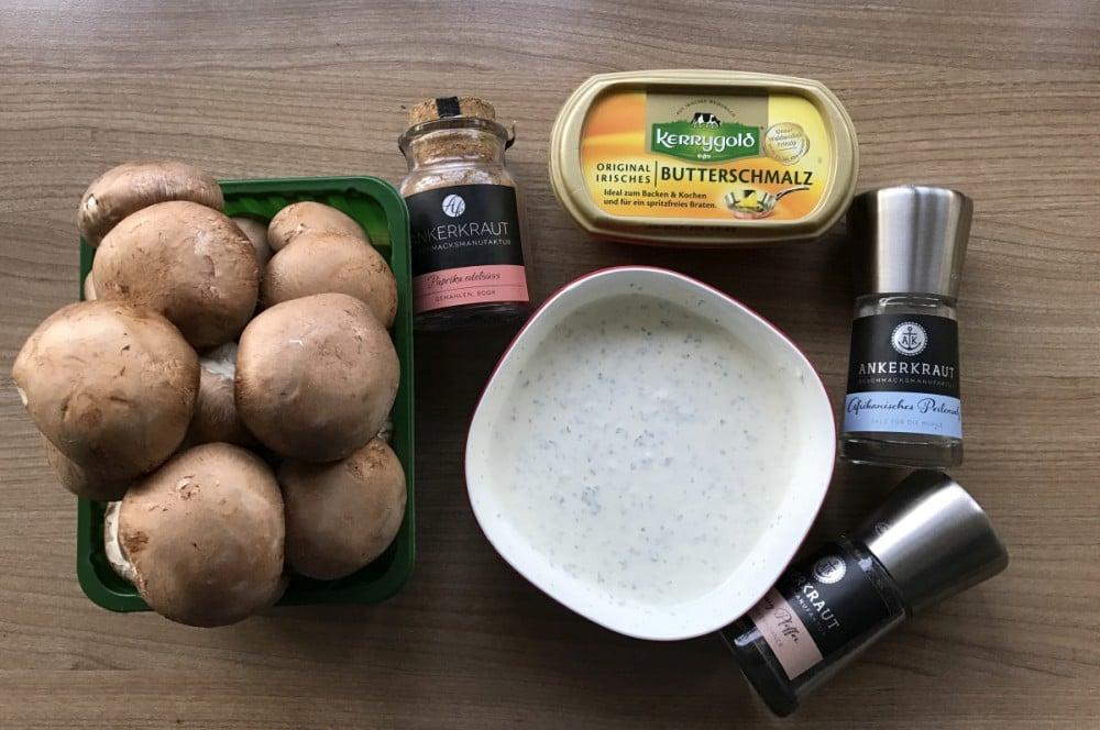 Zutaten für Champignon-Pfanne gebratene champignons-Gebratene Champignons wie vom Weihnachtsmarkt 01-Gebratene Champignons mit Knoblauch-Dip wie vom Weihnachtsmarkt