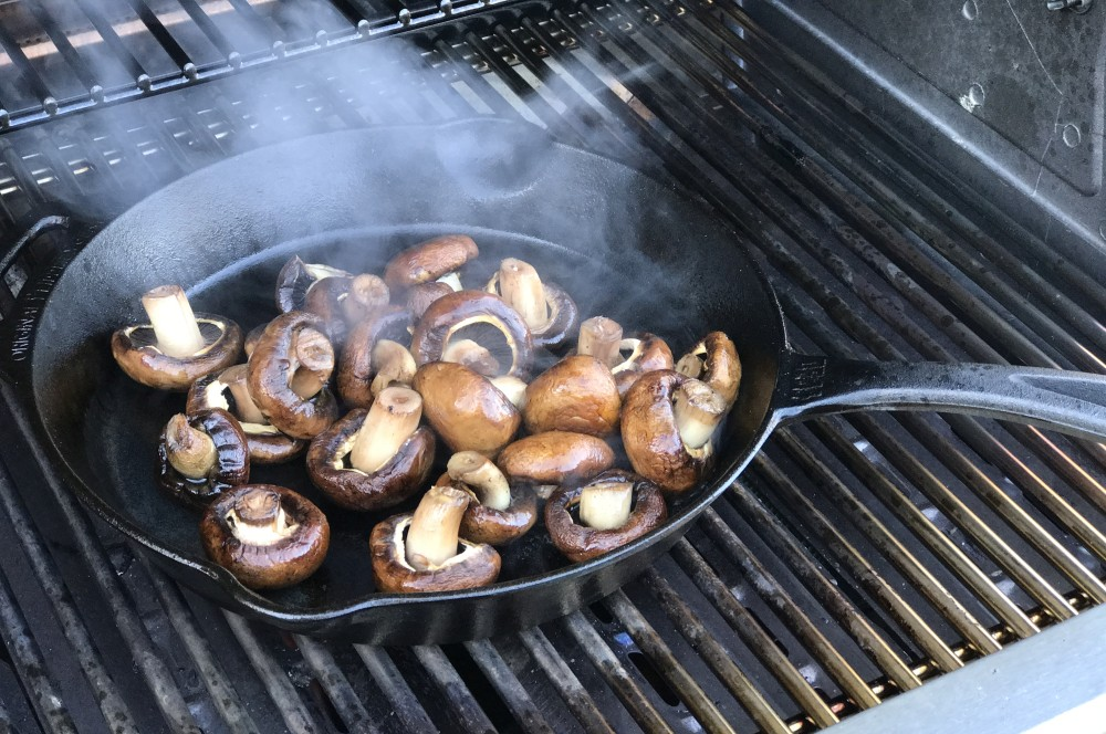 Gebratene Champignons gebratene champignons-Gebratene Champignons wie vom Weihnachtsmarkt 03-Gebratene Champignons mit Knoblauch-Dip wie vom Weihnachtsmarkt