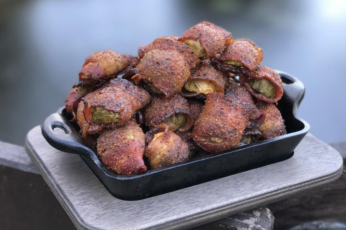 Rosenkohl mit Bacon gegrillter rosenkohl-Gegrillter Rosenkohl im Speckmantel Bacon-Gegrillter Rosenkohl im Speckmantel