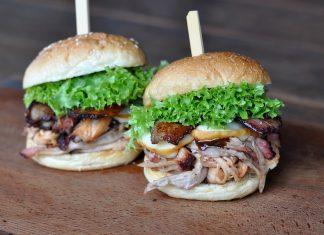Pulled Pork Burger [object object]-Pulled Pork Burger Bacon Kaese 324x235-BBQPit.de das Grill- und BBQ-Magazin – Grillblog & Grillrezepte –