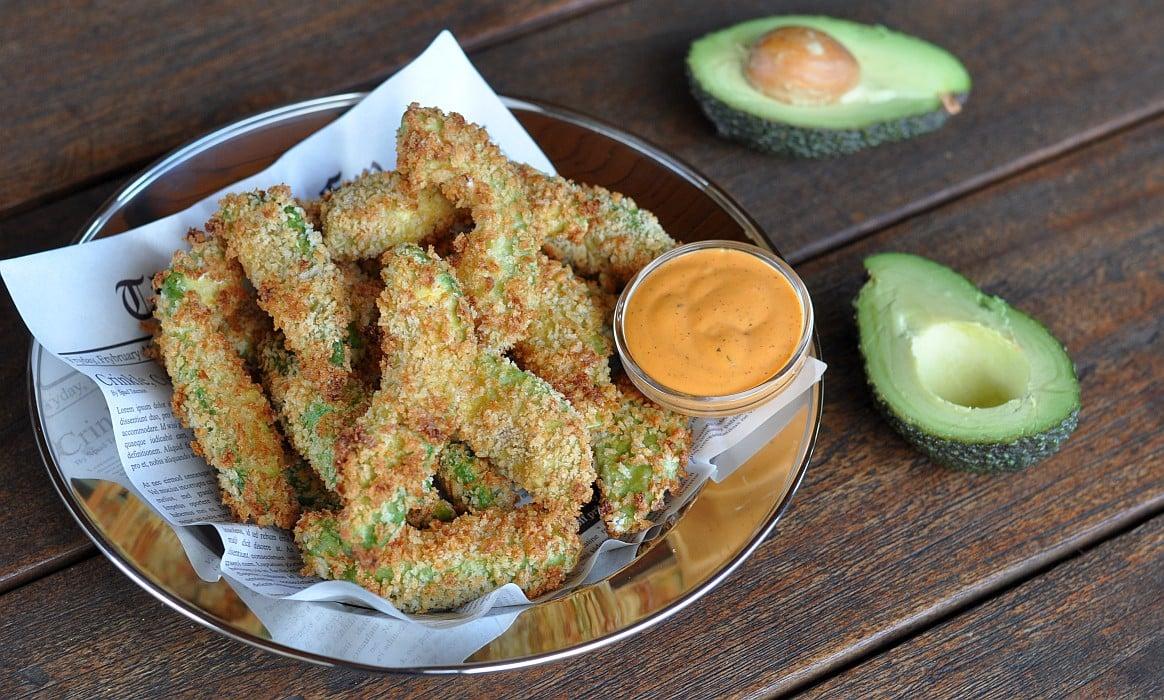 Avocado Pommes avocado pommes-Avocado Fries Avocado Pommes-Avocado Pommes – knusprige Avocado Fries mit Chipotle-Dip