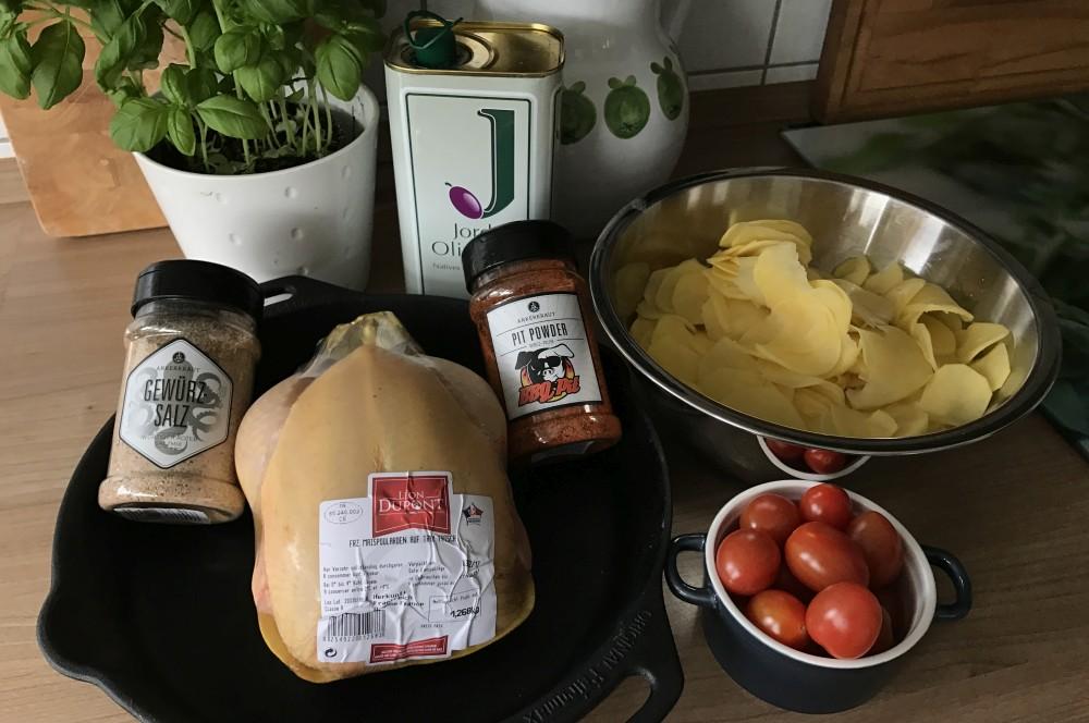 maishähnchen-Maish  hnchen Pit Powder Kartoffeln 01-Maishähnchen mit Kartoffelscheiben vom Grill