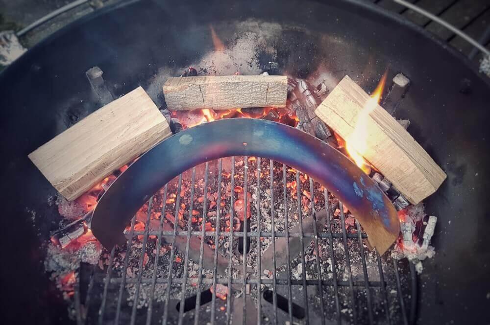 Moesta-BBQ Pizzaring flammkuchen frutti di mare-Moesta BBQ Pizzaring 03-Flammkuchen Frutti di Mare – Rezept für Meeresfrüchte-Flammkuchen