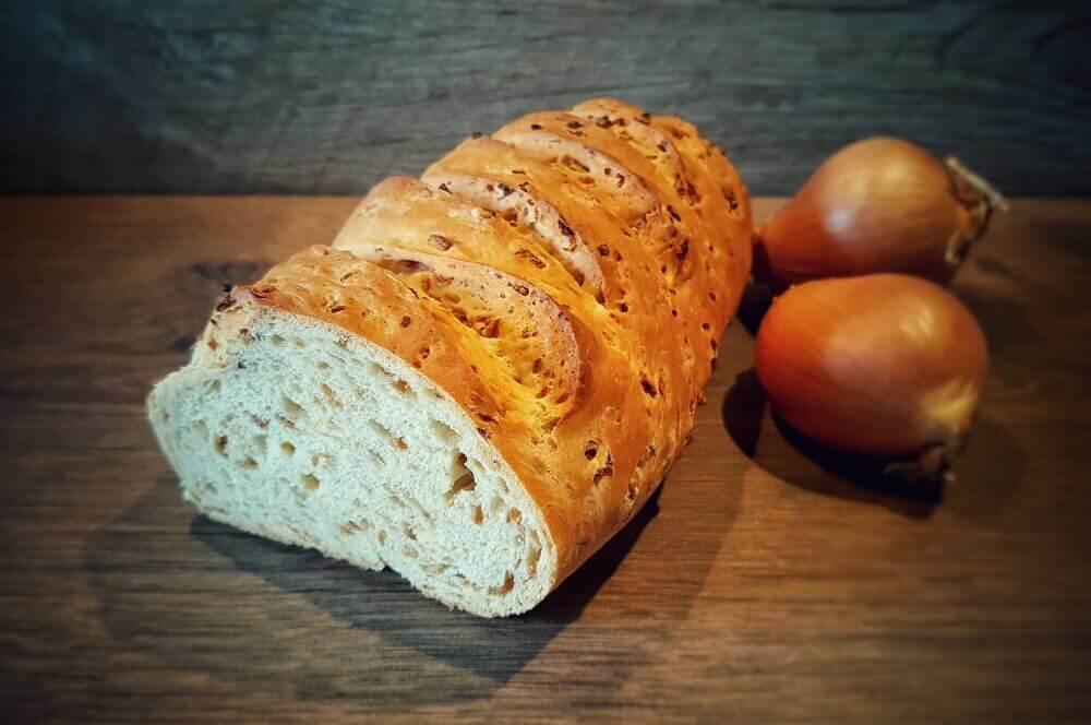 Zwiebelbrot zwiebelbrot-Zwiebelbrot 01-Zwiebelbrot – Rezept für selbstgebackenes Brot
