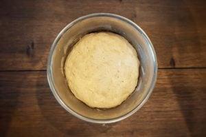 brötchen-Broetchen Baeckerbroetchen Sonntagsbroetchen 04 300x199-Brötchen backen – Rezept für Bäckerbrötchen / Sonntagsbrötchen