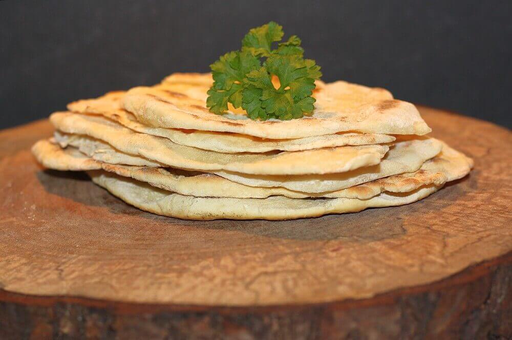 Naan-Brot naan-brot-Naan Brot 04-Naan-Brot selber machen – Rezept für die indischen Brotfladen