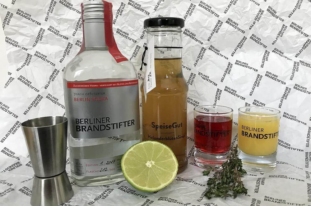 Berliner Brandstifter Vodka summerthyme in berlin-Summerthyme in Berlin Berliner Brandstifter Vodka 01-Summerthyme in Berlin – fruchtig-frischer Sommerdrink mit Vodka