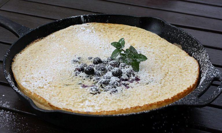 Dutch Pancake – Ofenpfannkuchen mit Blaubeeren