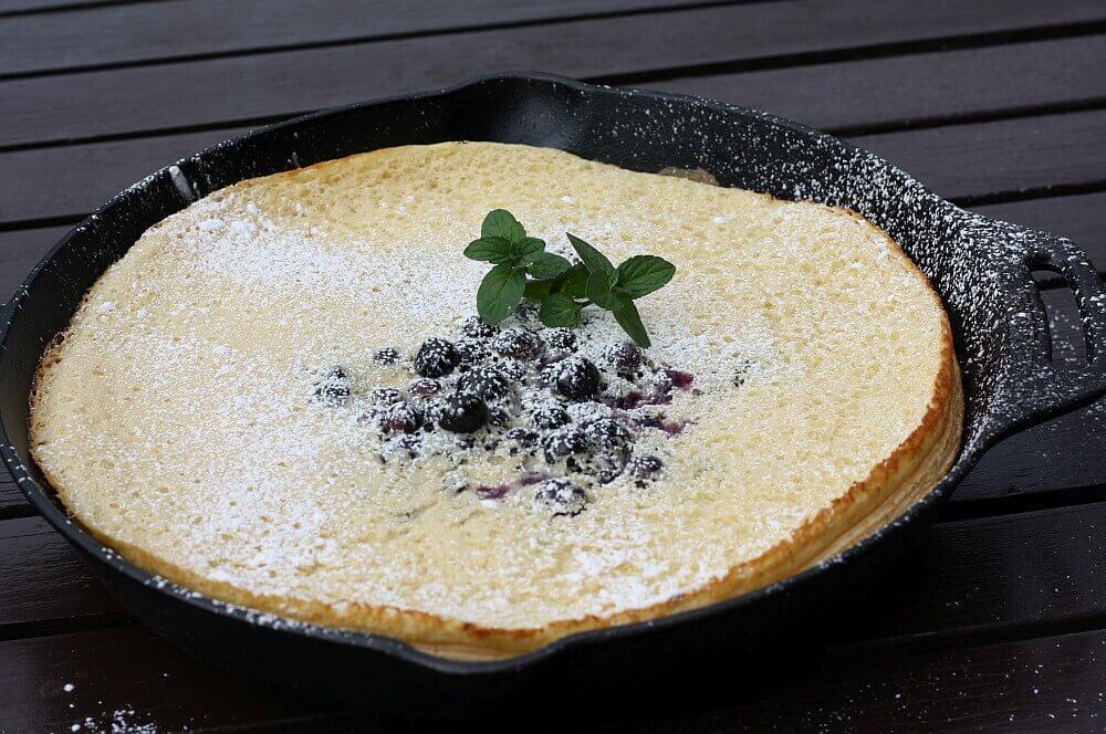 Dutch Pancake Ofenpfannkuchen dutch pancake-Dutch Pancake Ofenpfannkuchenmit Blaubeeren 04-Dutch Pancake – Ofenpfannkuchen mit Blaubeeren dutch pancake-Dutch Pancake Ofenpfannkuchenmit Blaubeeren 04-Dutch Pancake – Ofenpfannkuchen mit Blaubeeren