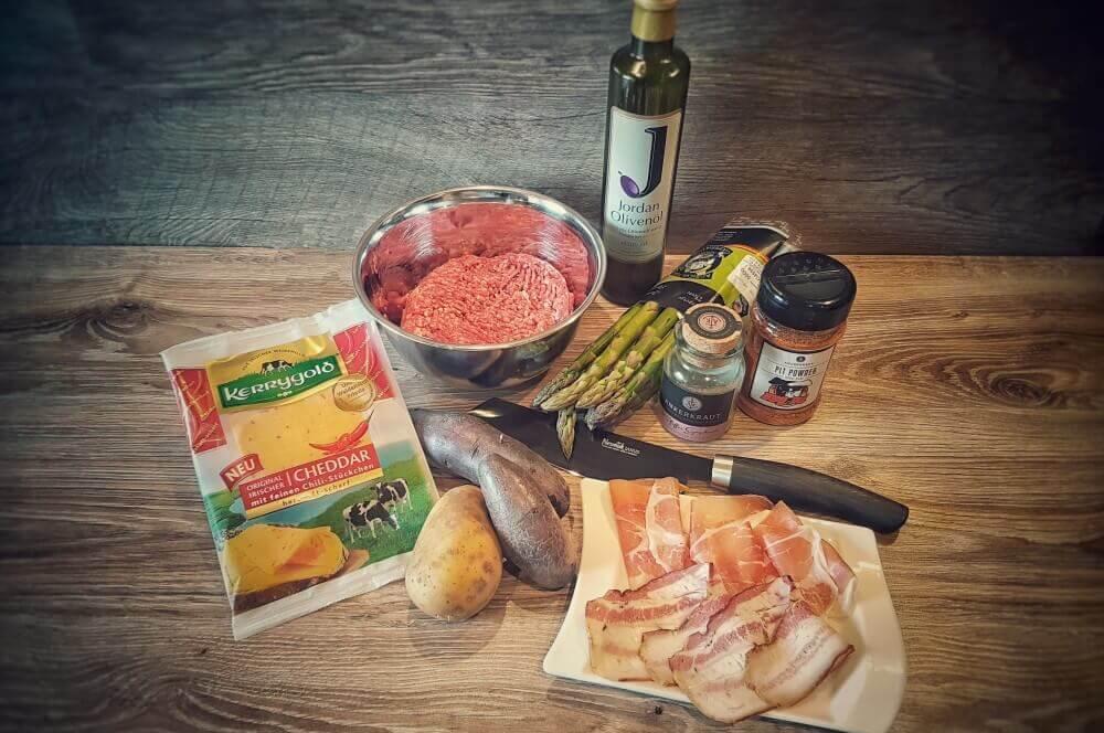 Kerrygold Cheddar mit Chili spargel bacon bomb-Spargel Bacon Bomb 01-Spargel Bacon Bomb mit Chili-Cheddar