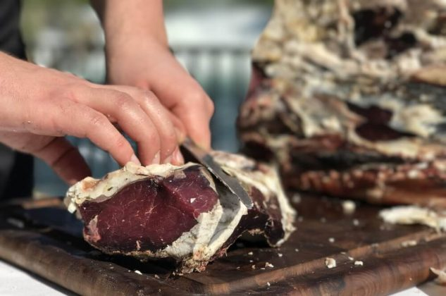 büffelfleisch-Bueffelfleisch Bueffel Bill 10 633x420-Büffelfleisch – Mehr als eine Alternative zu Rindfleisch? büffelfleisch-Bueffelfleisch Bueffel Bill 10 633x420-Büffelfleisch – Mehr als eine Alternative zu Rindfleisch?