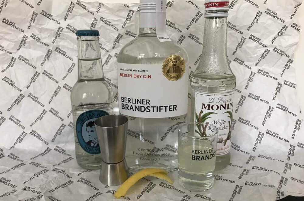 Berliner Brandstifer Gin gin fizz-GinFizz 01-Gin Fizz – der erfrischende Cocktail-Klassiker
