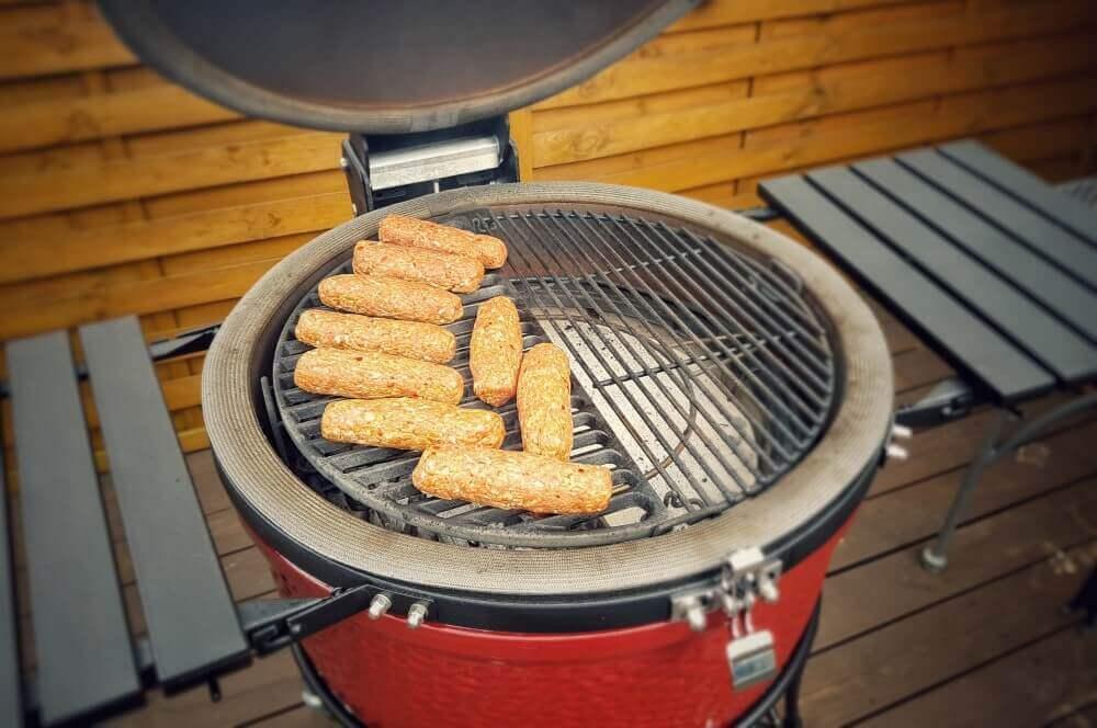 Outdoor Küche Kamado Joe : Ćevapčići vom grill rezept für balkan hackröllchen bbqpit.de