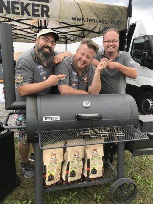 euregio barbecue festival-Euregio Barbecue Festival BBQ Wiesel Grand Champion 01 315x420-EUregio Barbecue Festival 2017 – BBQ Wiesel werden Grand Champion