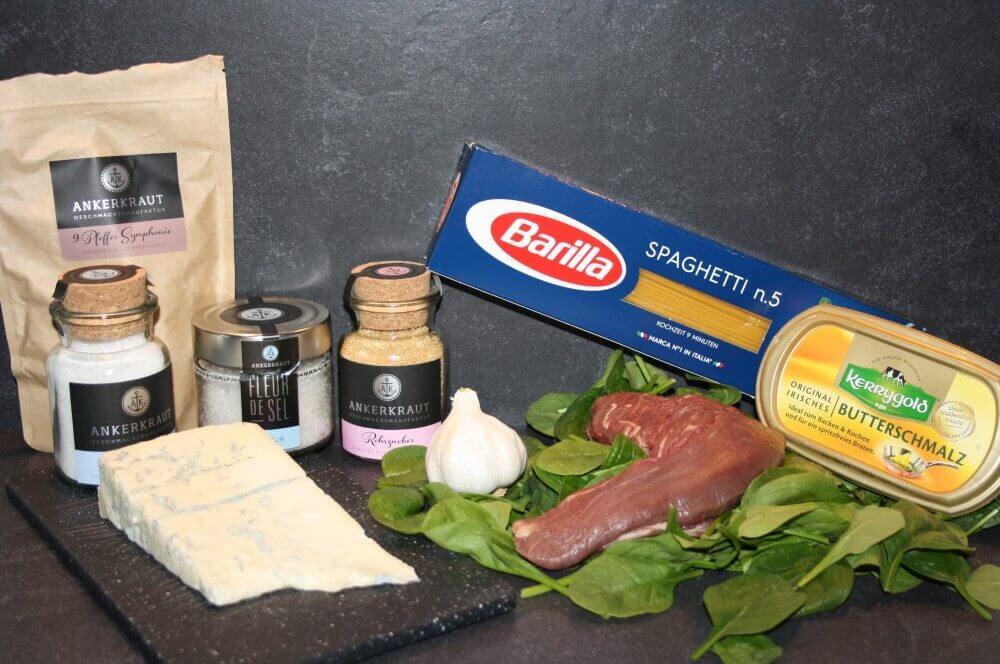 Zutaten für Rinderfilet auf Spaghetti in Gorgonzola-Sauce rinderfilet auf spaghetti-Rinderfilet auf Spaghetti Gorgonzola Sauce 01-Rinderfilet auf Spaghetti in Gorgonzola-Sauce