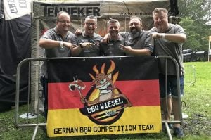 grill-weltmeister-Grill Weltmeister 2017 BBQ Wiesel 05 300x199-Grill-Weltmeister 2017 mit den BBQ Wieseln