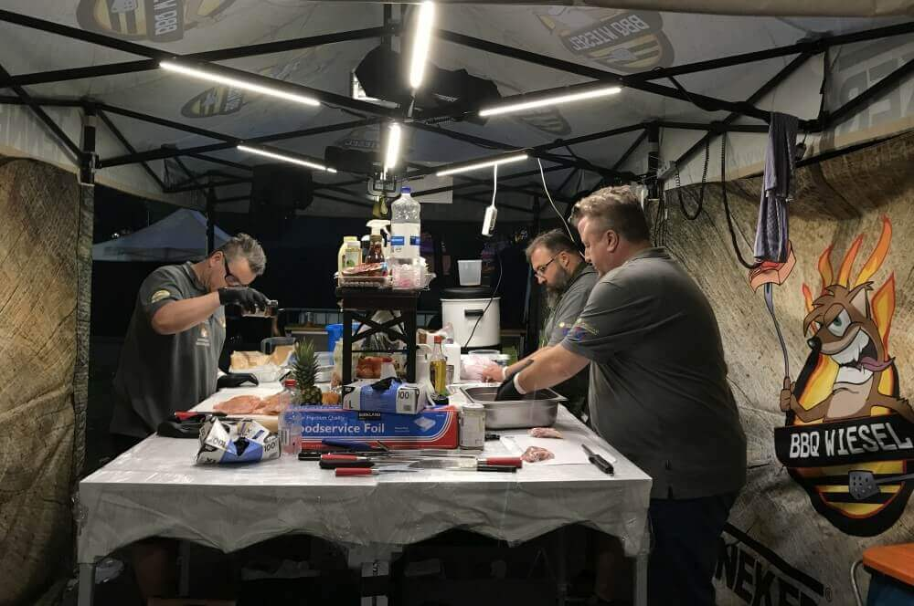 BBQ Wiesel grill-weltmeister-Grill Weltmeister 2017 BBQ Wiesel 10-Grill-Weltmeister 2017 mit den BBQ Wieseln
