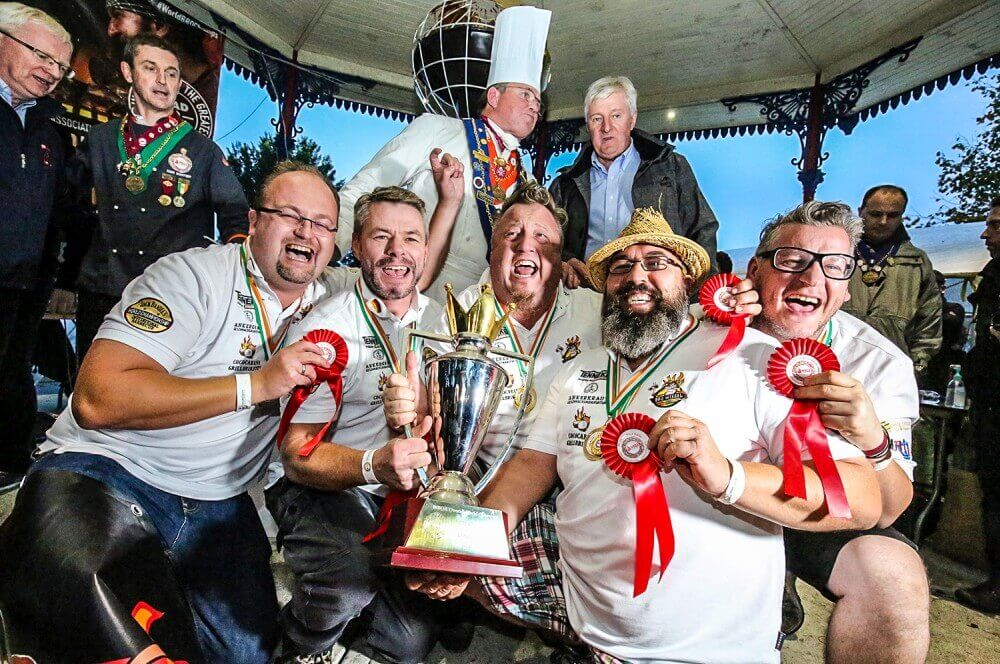 BBQ World Champion BBQ Wiesel grill-weltmeister-Grill Weltmeister 2017 BBQ Wiesel 20-Grill-Weltmeister 2017 mit den BBQ Wieseln