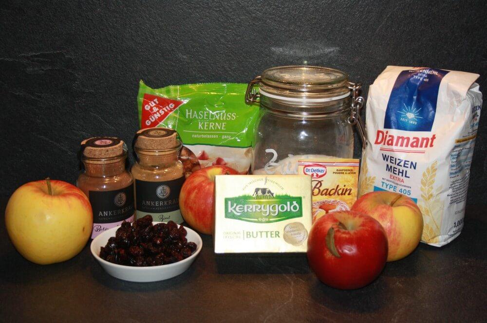 Zutaten Apfel-Nuss-Brot apfel-nuss-brot-Apfel Nuss Brot 01-Apfel-Nuss-Brot mit Cranberries und Nüssen