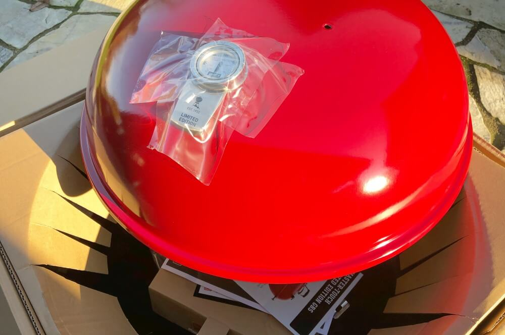 Weber Holzkohlegrill Master Touch Gbs 57 Cm Special Edition Pro : Weber master touch gbs limited edition red ein traum in rot!