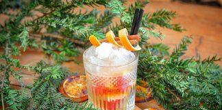 Weihnachtlicher Cocktail mit Gin