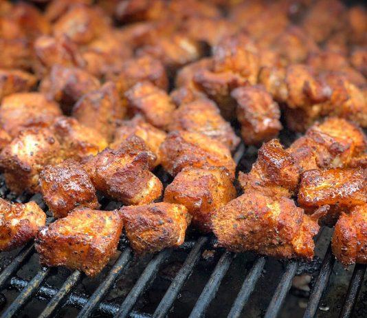Schweinebauch-Würfel bbqpit.de das grill- und bbq-magazin - grillblog & grillrezepte-Pork Belly Burnt Ends Meat Candy 534x462-BBQPit.de das Grill- und BBQ-Magazin – Grillblog & Grillrezepte –