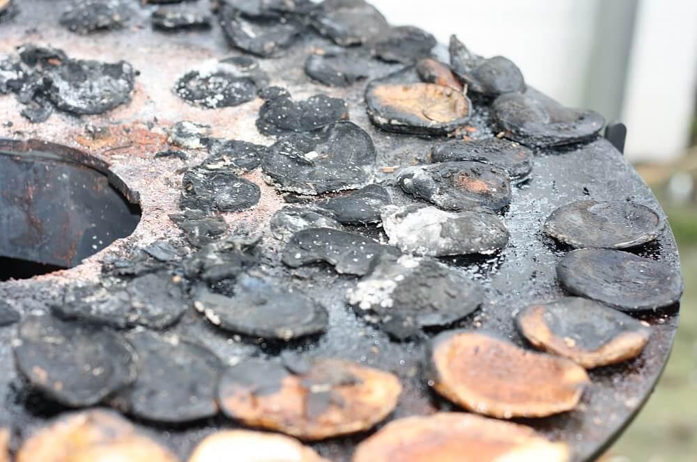 Die Feuerplatte wird eingebrannt feuerhand pyron plate-Pyron Plate Feuerplatte Feuerhand Pyron Petromax 06-Feuerhand Pyron Plate – Feuerplatte & Grillplatte