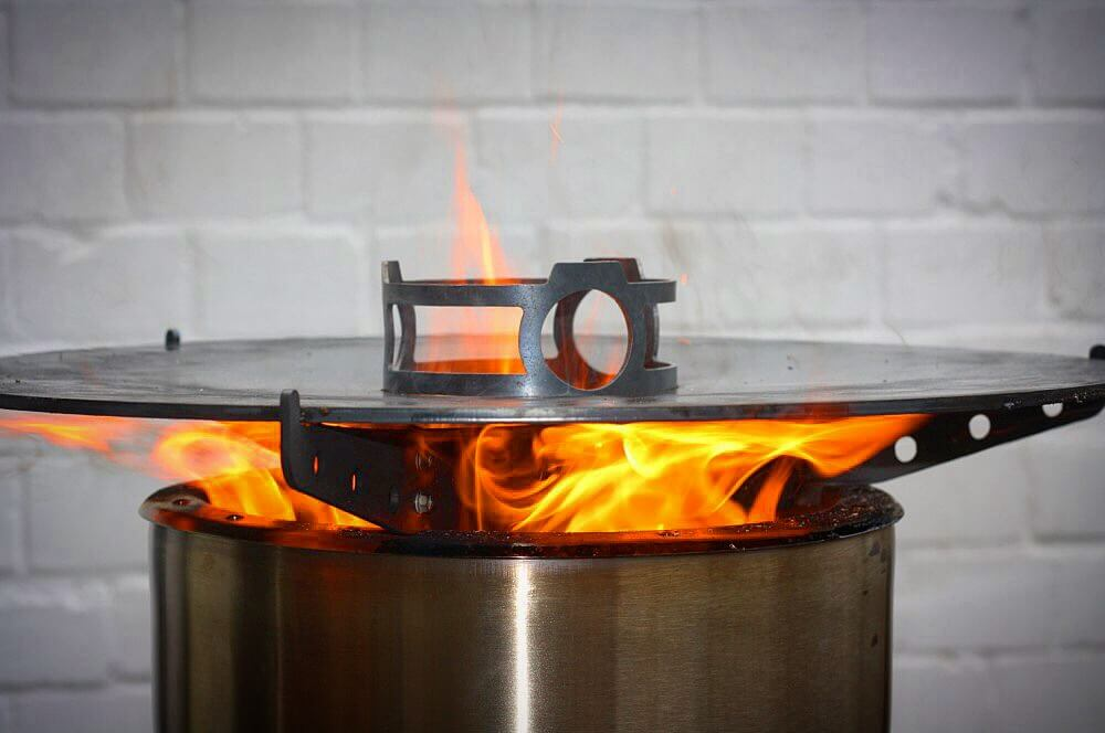 Feuerhand-Gewinnspiel feuerhand-gewinnspiel-Pyron Plate Feuerplatte Feuerhand Pyron Petromax 07-Feuerhand-Gewinnspiel: Gewinne eine Pyron Feuertonne + Feuerplatte