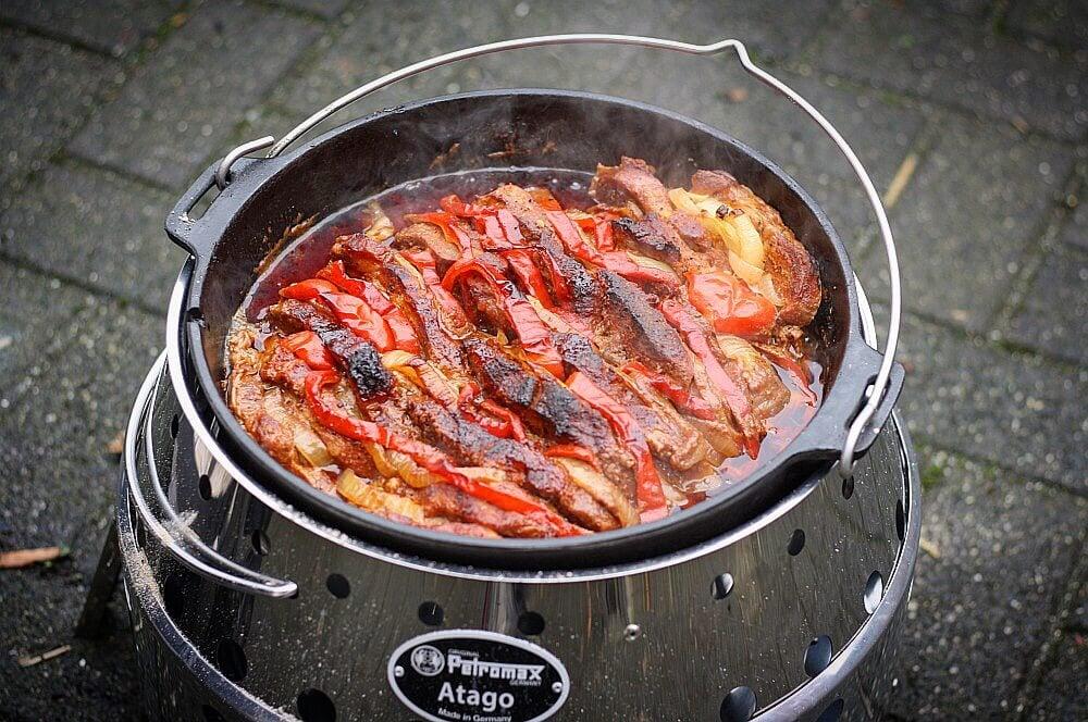 Schichtfleisch aus dem Dutch Oven schichtfleisch-Schichtfleisch Dutch Oven 04-Schichtfleisch aus dem Dutch Oven