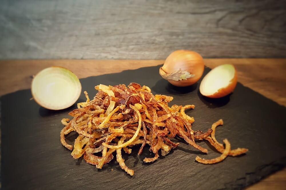 Knusprige Röstzwiebeln selber machen röstzwiebeln-Roestzwiebeln selber machen knusprig 03-Röstzwiebeln selber machen – knusprig & lecker