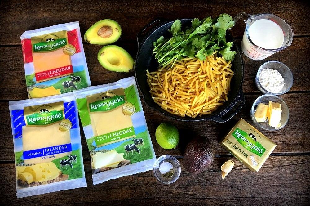 Alle Zutaten für Avocado Mac and Cheese auf einen Blick avocado mac and cheese-Avocado Mac and Cheese 06-Avocado Mac and Cheese